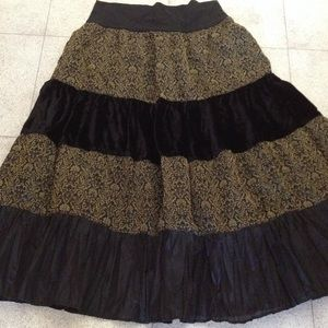 Derek heart black & print tiered skirt