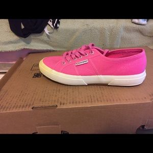 Superga Shoes - Brand new never worn pink superga cotu sneakers