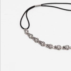 Zara Accessories - Zara Thin crystals and leaves hairband