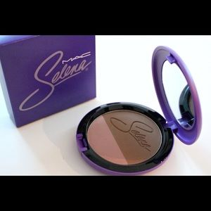 Mac Selena Techno Cumbia Duo Blush
