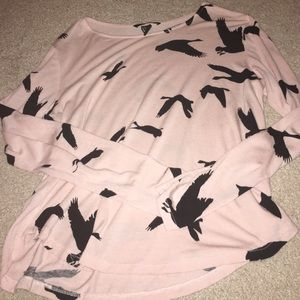 H&M Tops - Light pink bird shirt
