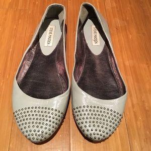 Steve Madden Shoes - Steve Madden studded flats