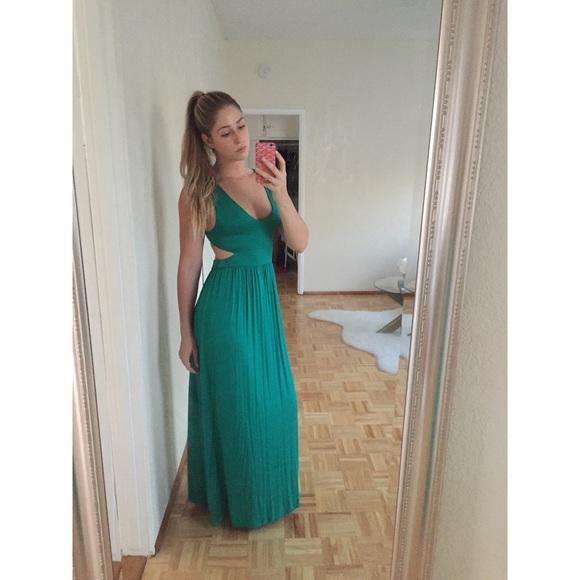 fe46984228a Forever 21 Dresses | Nwot Emerald Green Jersey Maxi Dress | Poshmark