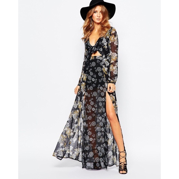 9b0394a7cc9 Millie Mackintosh 70s Floral Tie Front Maxi Dress.  M 57f864caf0928285080389a4
