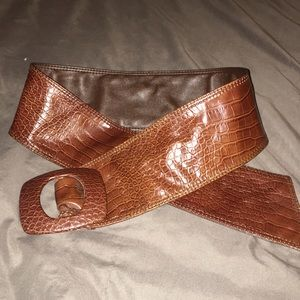 Faux gator belt