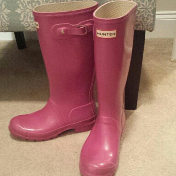 44% off Hunter Shoes - Hunter boots pink. Women's 7, big girls ...
