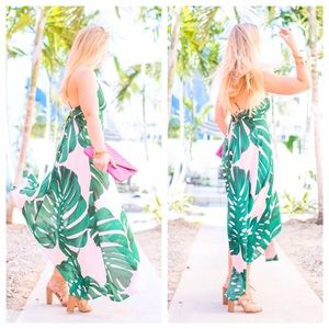 Express Dresses - Palm Print Sundress 🌴