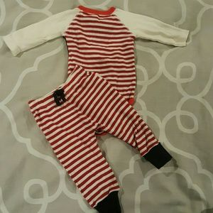 Burts Bees Baby Outfit