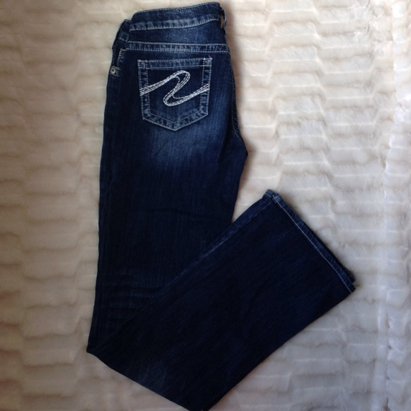 78% off Silver Jeans Denim - EUC Buckle Silver jeans AIKO bootcut