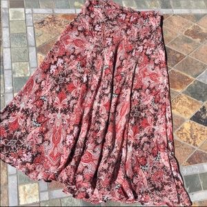 Charter Club Dresses & Skirts - Burgundy & Grey Flowey Skirt❄️