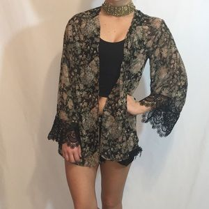 Audrey 3 + 1 Floral Kimono W/Lace Bell Sleeves