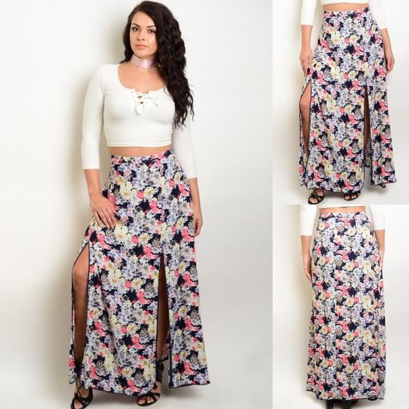 ad753a9364a Plus Size Floral Front Double Slit Maxi Skirt