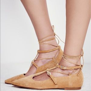 Free People Shoes - 🎉1 LEFT SALE🎉Free People Lace Up Flat