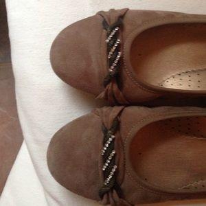 Vaneli Shoes - Like new Vaneli suede tan flats size 7.5 M