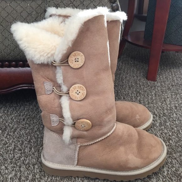 9b81c747ef2 Ugg Bailey Button Tall Boots!