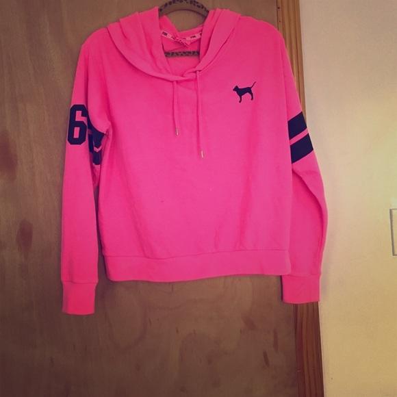 3b0bdf4ddb6a3 PINK Sweater 💨CLEARANCE 💨 Victoria's Secret‼️