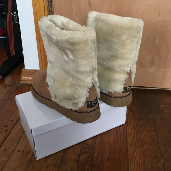 74% off UGG Shoes - UGG Boots 💨CLEARANCE💨 ‼ from Marlyn\'s ...