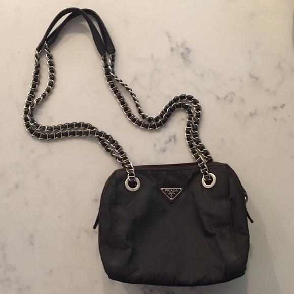 4ca370fd77d5d6 PRADA vintage chain bag OS. M_57f92b8e7f0a0551ca052645