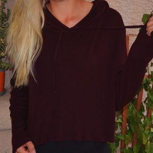 Brandy Melville - cropped maroon pullover hoodie