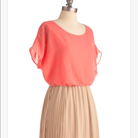 ModCloth Dresses & Skirts - Modcloth's Love Me Duo Dress in Peaches and Cream