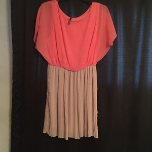 ModCloth Dresses - Modcloth's Love Me Duo Dress in Peaches and Cream