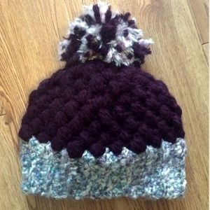 Crystals Creations  Accessories - Crochet beanie