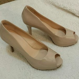  Nine West Nude Heels