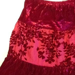 Amy Byer Other - Amy Byer stretch velvet and lace skirt