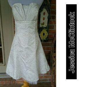 Jessica McClintock Dresses & Skirts - TIMELESS CLASSIC! Jessica McClintock Gorgeous
