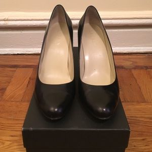 Lauren by Ralph Lauren black pumps size 8