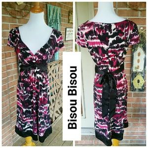 Bisou Bisou Dresses & Skirts - Bisou Bisou Dress