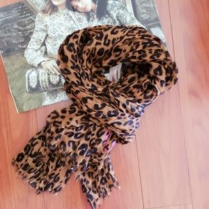 Not Louis Vuitton Scarf