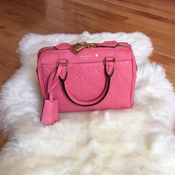 ee468ae006c Louis Vuitton Handbags - 🎉1 HR SALE🎉 Louis Vuitton Speedy Bandoulière 20