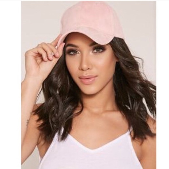 9271d7c885f80 NWT Rose Cap Kylie Jenner Style