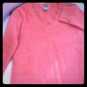 Vintage Sweaters - Coral V-neck angora sweater🐑🐐
