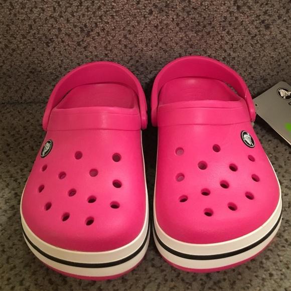 ee3aa3090 NWT Pink Girl Crocs Size J1