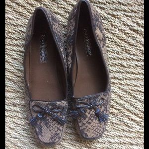 Enzo Angiolini Shoes - NEW W TAGS TWO TONE SNAKESKIN LOAFERS W TASSEL