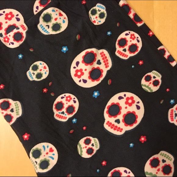 ba3569a5ea77d LuLaRoe Pants | New Os Black Sugar Skull Leggings | Poshmark