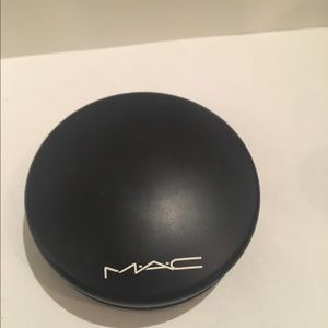 Mac Mineralize Skinfinish Dark