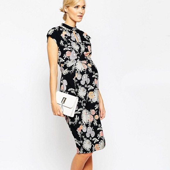 1ec6b94fba2 ASOS Maternity Dresses   Skirts - Maternity Wiggle Dress In Floral Print