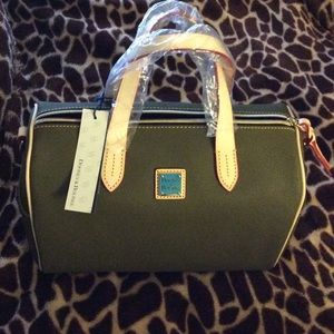 Large dooney & bourke satchel
