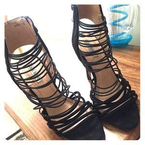 Cape Robbin Black Heels