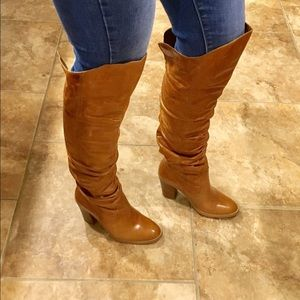 Shoes - 💕STUNNING Knee high camel leather boots!!💕