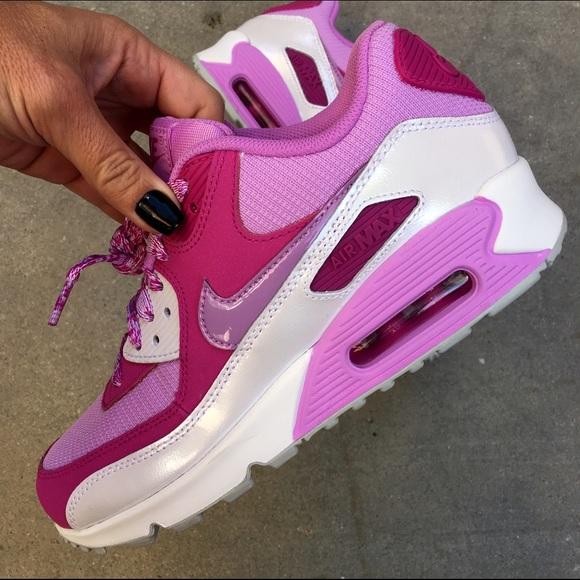 d063f26fb2b25 Nike Shoes | Nwob Airmax 90 Sz 6 65 Yth 75 8 Women | Poshmark