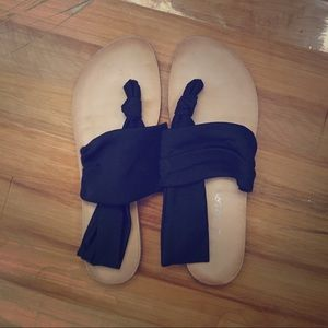 Dirty Laundry Shoes - Dirty Laundry Sandals. Size 9.5. Retail at $19.99.