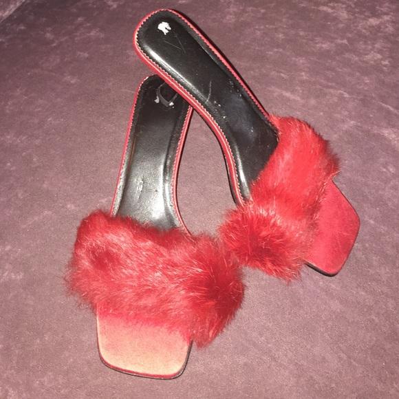 01100dad19 Victoria's Secret Kitten Heel Slippers ~ Red ~ Fur.  M_57fa7966c28456ed3b000542