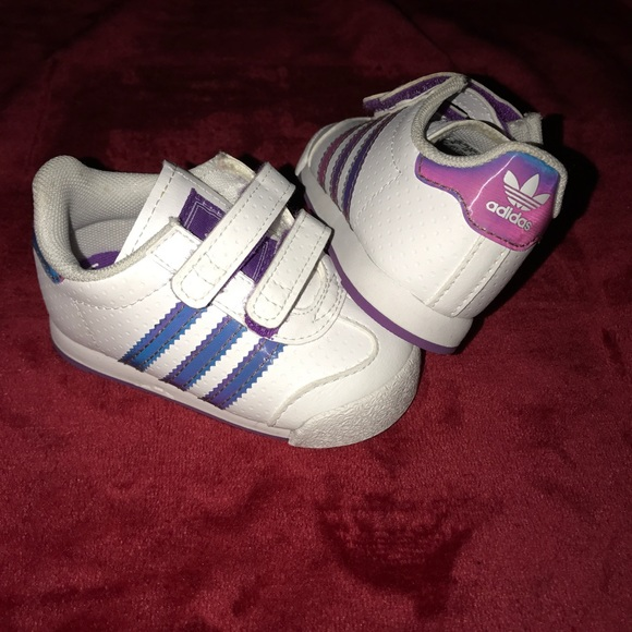 adidas trainers for girls size 4