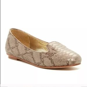 Elaine Turner Shoes - $275 Elaine Turner Gold Tone Python Loafer