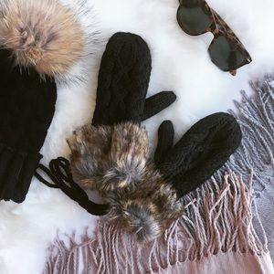 Claire Louise Boutique Accessories - ✨SALE✨ - FUR CABLE KNIT MITTENS -