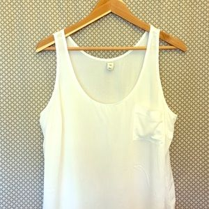 Old Navy Tops - Casual White Pocket Tank